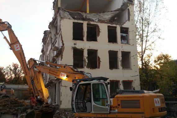 Abbruch,_Aushub_und_Verbau_Büro-_und_Geschäftshaus_Bild10
