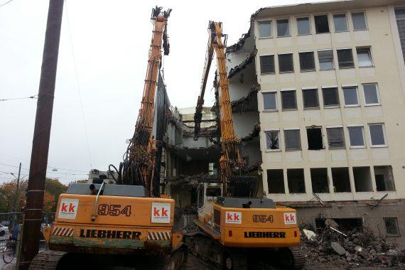 Abbruch,_Aushub_und_Verbau_Büro-_und_Geschäftshaus_Bild3
